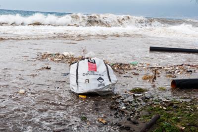 Les dépôts sauvages d'amiante se multiplient partout en France selon une enquête récente